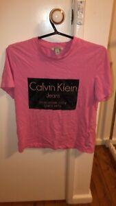 Women's Calvin Klein t-shirt size small