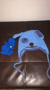 Hand knitted blues clues hat and a pair of mitts