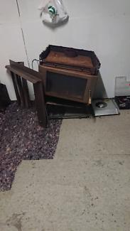 Saxon inbuilt wood heater