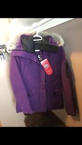Size small Authentic Montabello Canada Goose jacket
