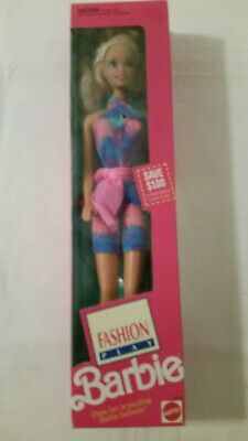 FASHION PLAY BARBIE DOLL 1991.