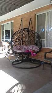 Double Egg Chair Pooraka Salisbury Area Preview