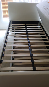 King Single Bed Trundle Speers Point Lake Macquarie Area Preview