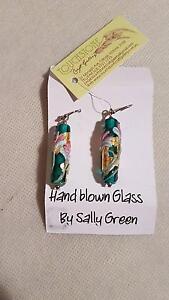 Beautiful Handblown glass flower earrings Blackburn Whitehorse Area Preview
