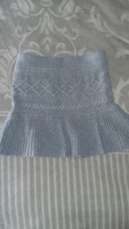 Knitted Girs Skirt - Size 5