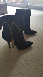 Black suede leather ankle boots Size 7 Salisbury Brisbane South West Preview