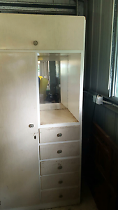 Wardrobe used condition Southside Gympie Area Preview