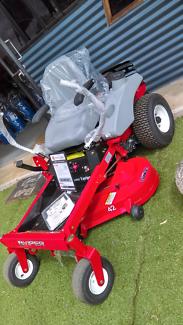 NEW World lawn zero turn mower