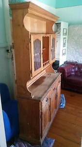 PINE HUTCH / KITCHEN CUPBOARD Cannon Hill Brisbane South East Preview