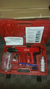 HILTI DX 450 TYPE EXP88  NAIL GUN. BRAND NEW