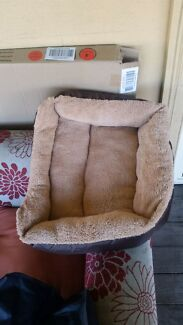 Small pet bed  Singleton Singleton Area Preview