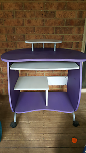 Small purple computer table Eagle Vale Campbelltown Area Preview