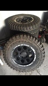 Suzuki tyres & rims (came off 98 GV) Nulkaba Cessnock Area Preview
