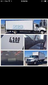 2013 4300 International Commercial Truck - 24ft Box - OBO