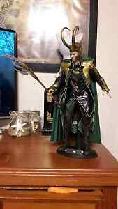 Hot Toys Avengers Loki figure! Marvel Hornsby Hornsby Area Preview