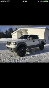 Ford 150 fx4 2006 7000$