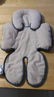 Britax Head and Body Support Pillow with FREE pink support pillow