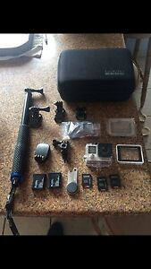 Go pro hero 4 silver bundle *new condition* Glendenning Blacktown Area Preview