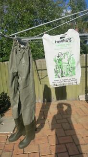 Horne's Waders