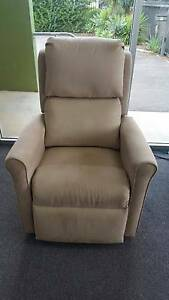 Ezy Rest Louise Electric Recliner Arm Chair BRAND NEW Glandore Marion Area Preview
