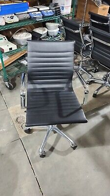 Woodstock Janis Mid Back Steel Adjustable Leather Conference Room High End Chair