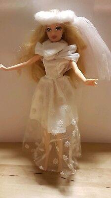 Barbie Kleid Hochzeitskleid Schleier Schal 70er Jahre Look Mattel Old-fogyish