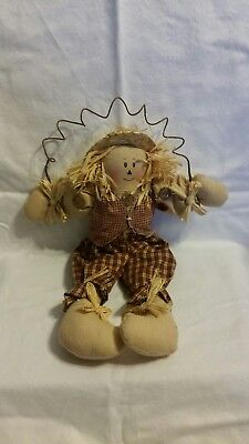 Scarecrow decoration, alone/craft project, Fall/Halloween/Thanksgiving (Halloween Decor Projects)