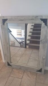 Barn board mirror with 4 hinges