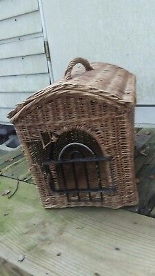 Antique Vintage Woven Wicker Basket Animal Pet Cat Dog Cage Carrier House 18x15