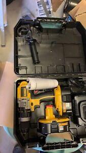 """18v 1/2"""" Hammer Drill / 2 batteries"""