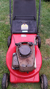 MTD Mower with Briggs & Stratton engine Deception Bay Caboolture Area Preview