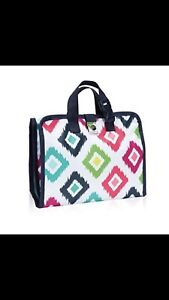 Fold-Up Family Organizer by Thirty-One Gifts