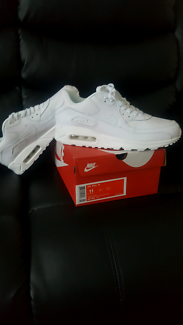 Air max 90 size 9/5 new in box