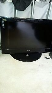 "26"" LG  Flat Screen Tv"