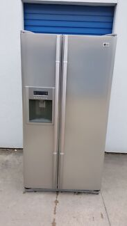 Large LG Fridge Freezer Stainless Steel ( 567 litres ) Cranbourne Casey Area Preview
