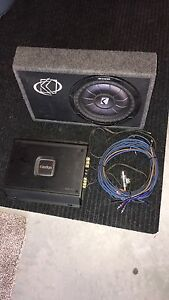 "10"" Kicker sub & Clarion XR2110 amp"