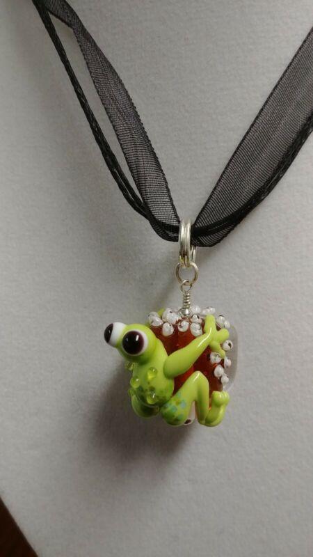 Handmade Lampwork Frog Pendant