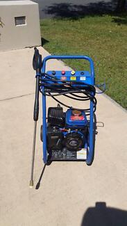 Petrol Pressure Washer 2.5 hp Tewantin Noosa Area Preview