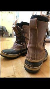 Size 7   Sorel Winter Boost