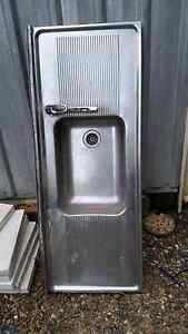 Kitchen sink Woodford Moreton Area Preview