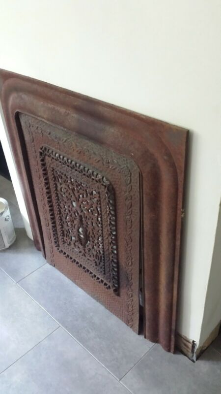 ORNATE ANTIQUE CAST IRON FIREPLACE SURROUND & SUMMER COVER  INSERT BEAUTIFUL