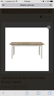 Shack extendable dining table