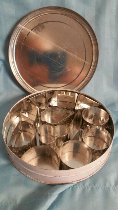Vintage Set Of 12 Cookie And Sandwich Cutters with Tin.