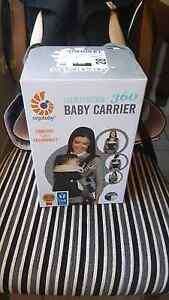 Ergo Baby 360 carrier Kearns Campbelltown Area Preview