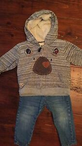 Boys outfit 9-12 months