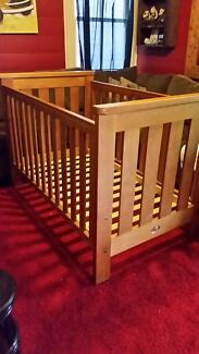 Boori country cot / bed