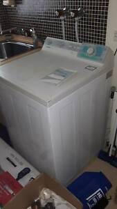 Top loading washing machine, Simpson