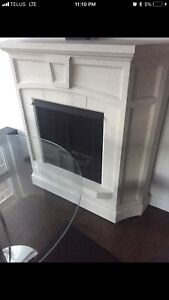 Inflame freestanding modern ventless concrete fireplace mantel