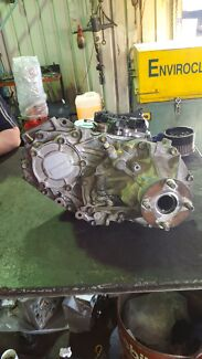 Full time 4x4 transfer case out of a 105 series landcruiser  Glendalough Stirling Area Preview