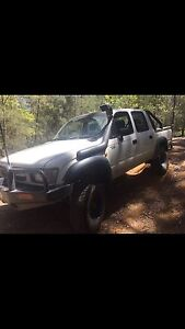 2001 dual cab hilux Port Macquarie Port Macquarie City Preview